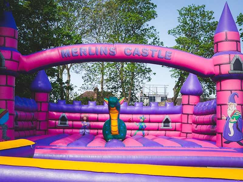 Merlins Castle - Bouncy Castles