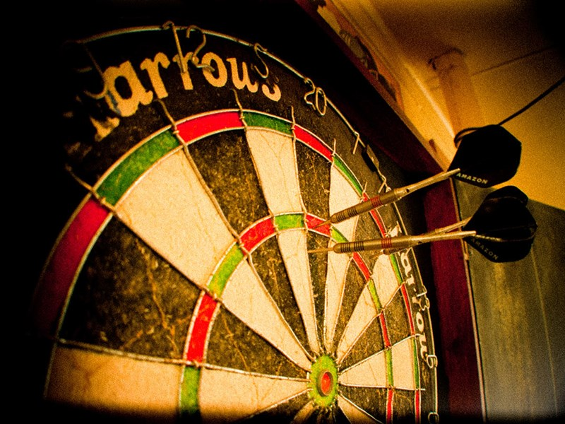 darts-cockney-mayhem.jpg