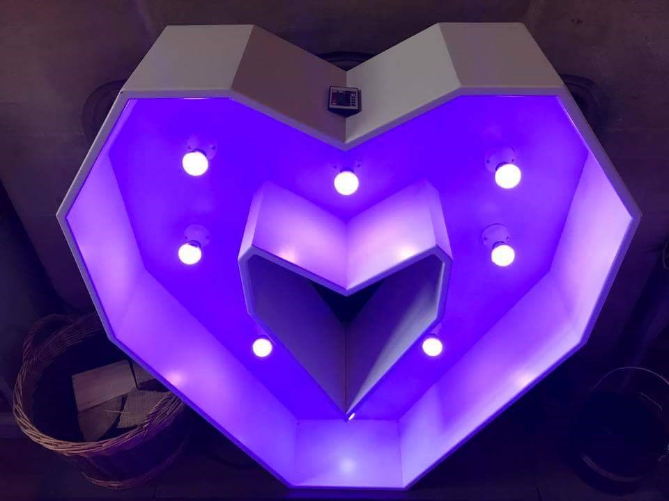LED 4ft Love Heart
