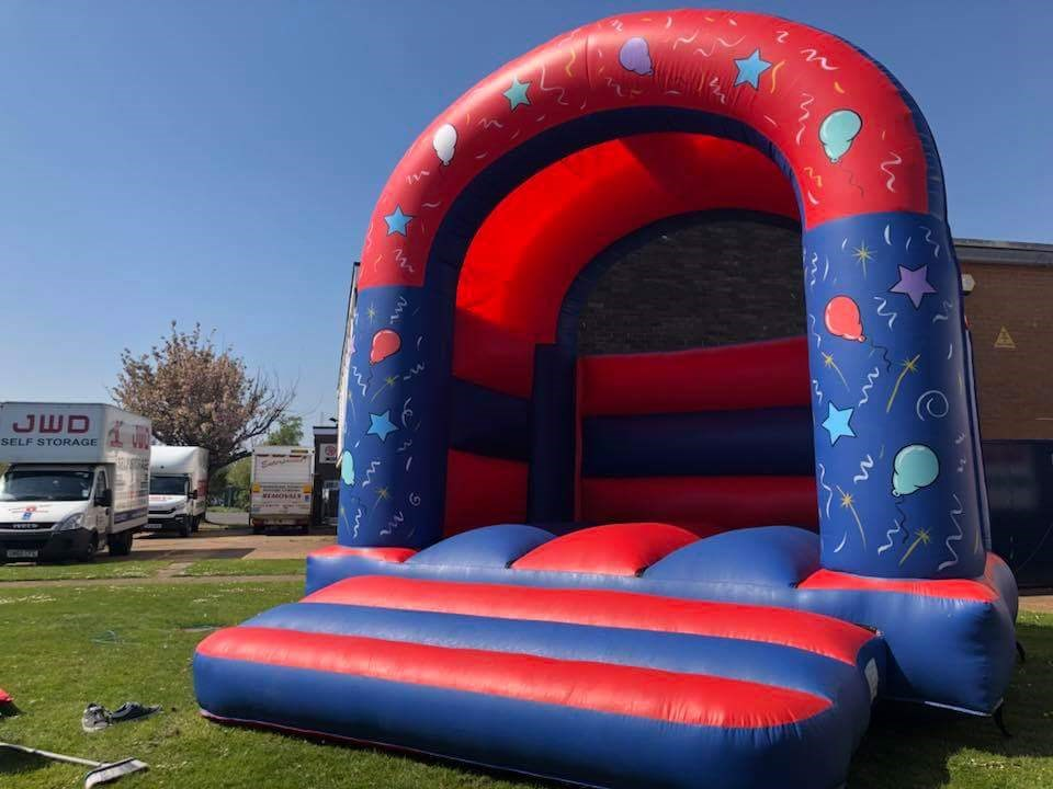 Adult Castle plain - Bouncy Castles