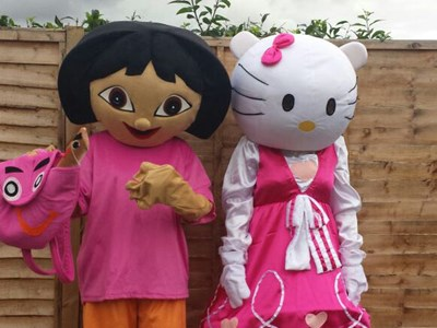 Hello Kitty & Dora the Explorer